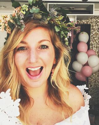 Fetes de Fleurs - ali powell photo in flower crown-1.jpg