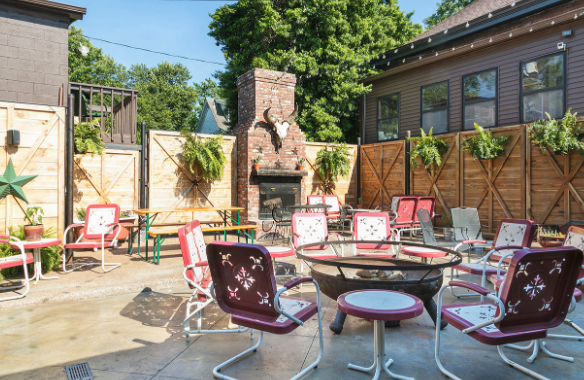 cool places to stay for your nashville bachelorette party