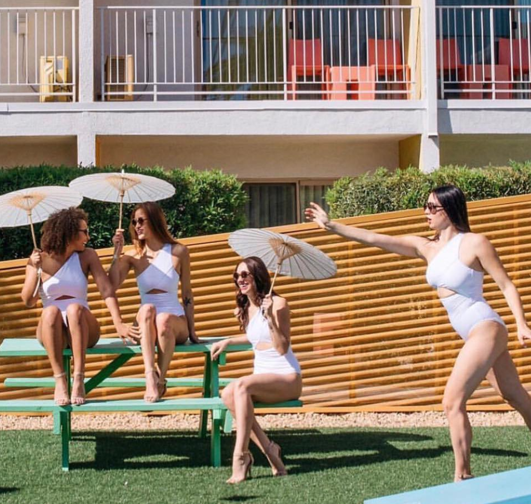where to stay for a palm springs bachelorette party